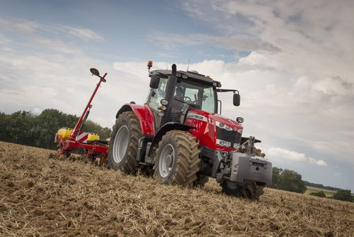 MF7716_Vaderstad_Drill_Working_France_2014-0817_94482